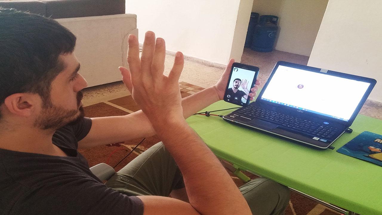 تطبيق Snapi لالتقاط صور سيلفي بدون ان تلمس الهاتف فقط بتحريك يدك | بحرية درويد
